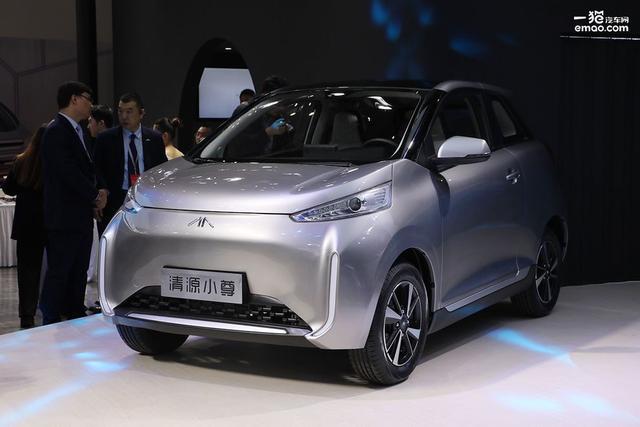 A0级纯电小车续航可达400km清源小尊上海车展首发