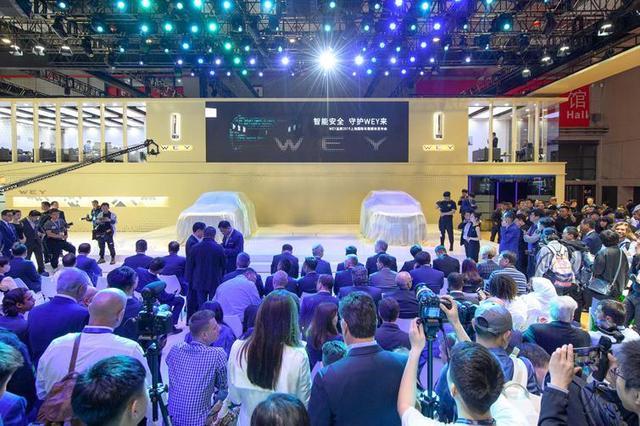 上海车展成长城小型个秀,前脚上线全新阵容,后脚签约全球